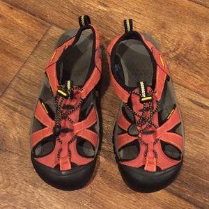 Keen Waterproof Sandals 7.5